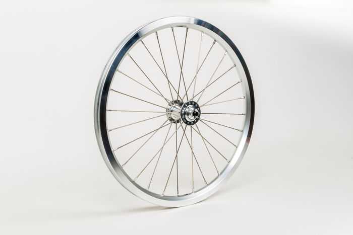 BROMPTON Superlight Front Wheel - Silver click to zoom image